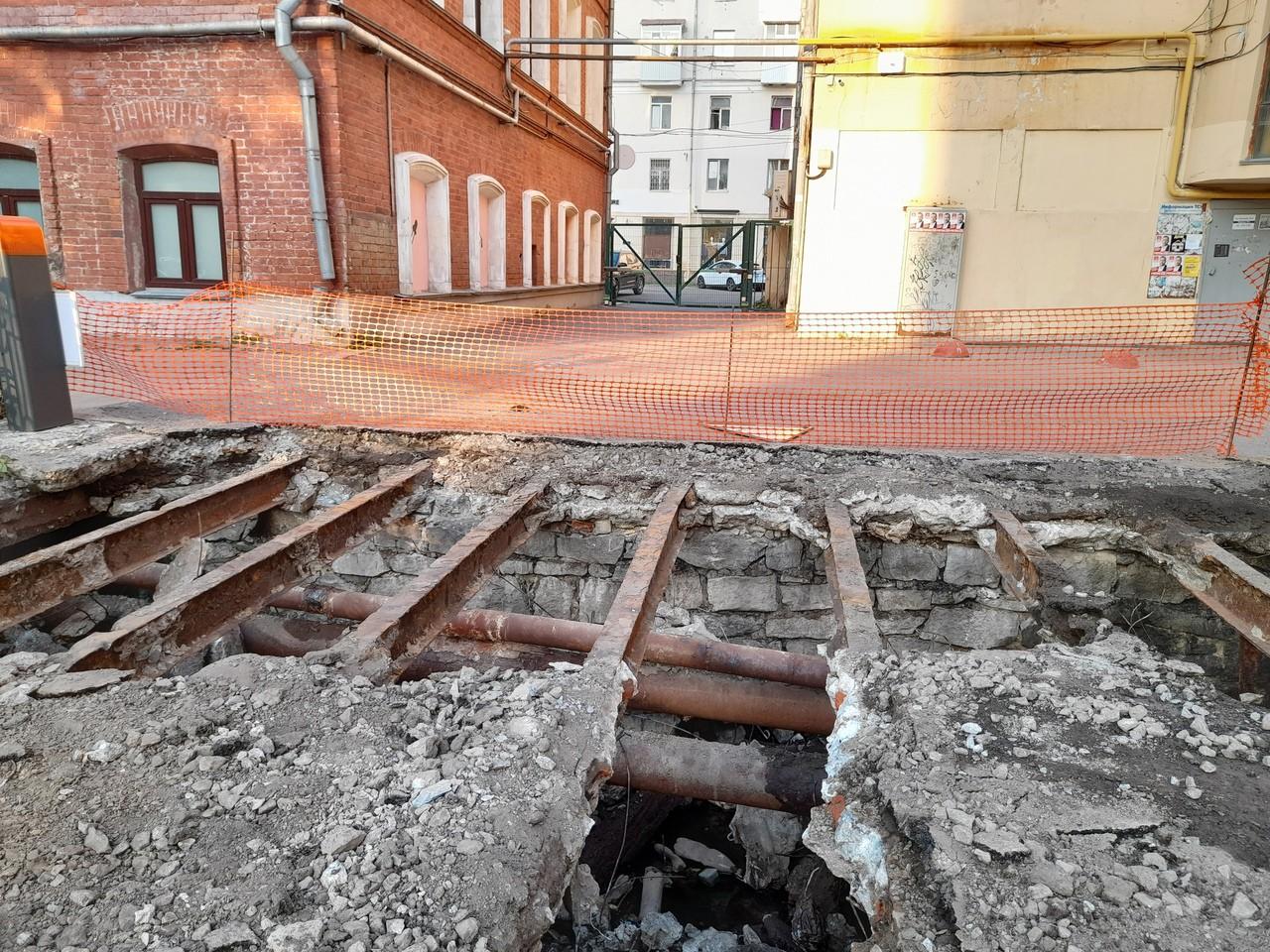В центре Екатеринбурга обнаружили затопленный бункер
