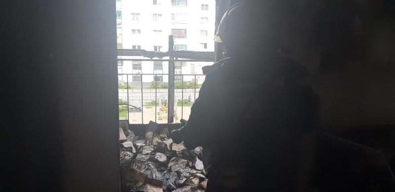 В Екатеринбурге на улице Павла Шаманова произошел пожар