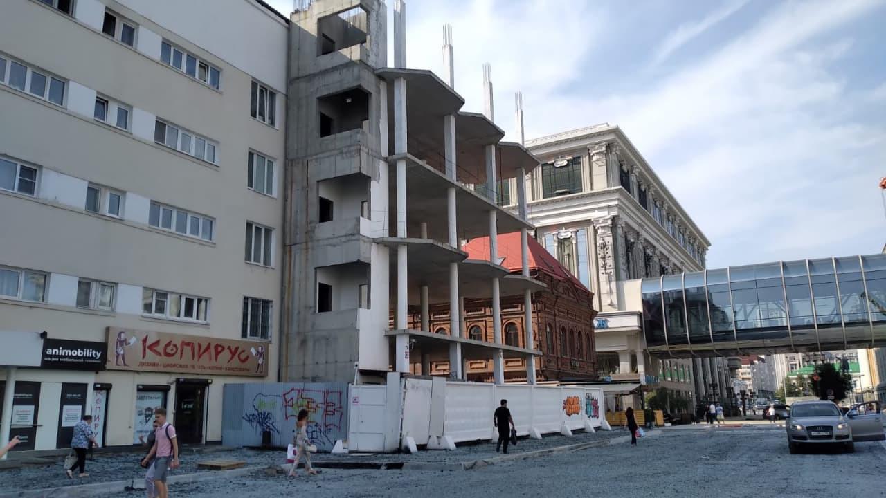 Градсовет Екатеринбурга раскритиковал проект бриллиантовой башни