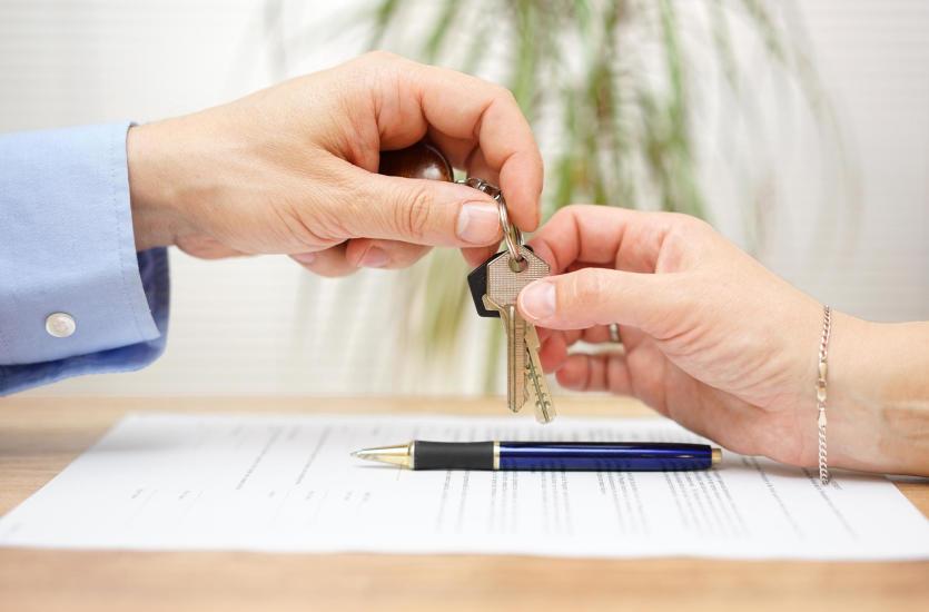 Зачем использовать брокерские услуги по недвижимости?