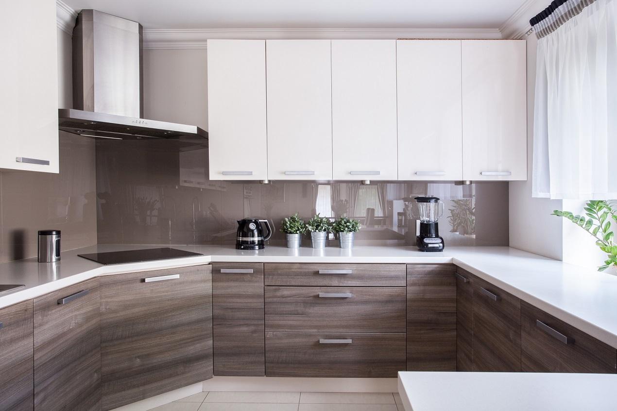Мебель для кухни по размеру или готовая – какую выбрать?